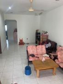 Taman Ungku Tun Aminah Single Storey Corner lot/Full Loan/Big Land Siz