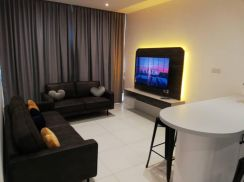 Royal Richmond Fully Furnished | Green Height Near Airport