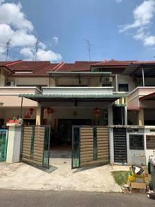 Double Storey Terrace House Seri Austin 6