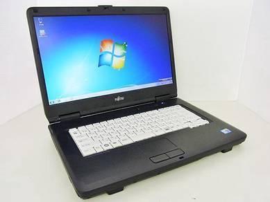 Fujitsu A8290 Intel Core C2D Windows 7 Ofis Laptop