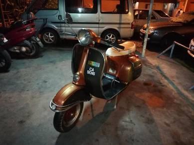 Vespa Super 150