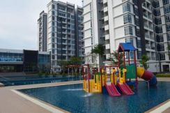 Senai Garden, 2 Bedroom Nice Condition
