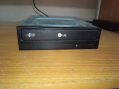 LG DVD-RW (Sata Interface)