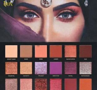 18 Clr shimmer matte eyeshadow palette