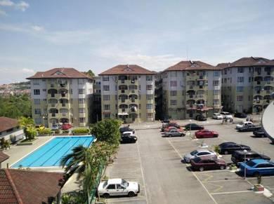 Tmn Kajang Utama, Apartment Cemara