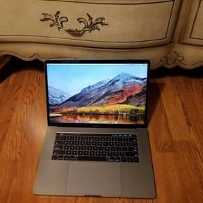 Macbook Pro Touch Bar 15 3.1GHz i7 1TB SSD 16GB