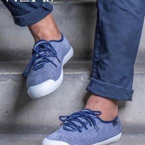 Neat sneakers