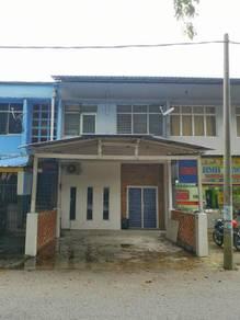 Pintu biru guesthouse