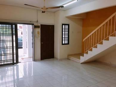 Taman Bukit Indah / Double Storey End Lot / Freehold / Full Loan