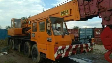Crane p&h; 45t M2