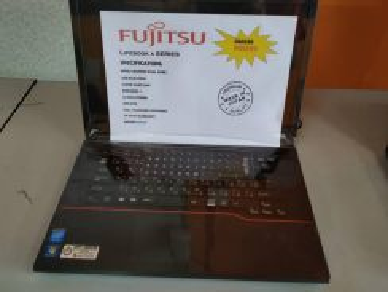 Fujitsu Cantik Gred A Kedai Komputer Losong Walkin