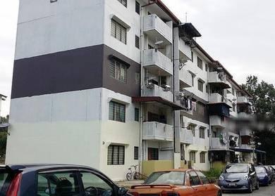 Rumah PKNS Seksyen 16, flat Bandar Baru Bangi, tingkat 4