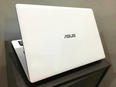 Asus A450L i5 2.7GHz/4GB/750GB/Nvidia 2GB(99%New)