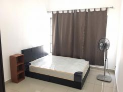 OUG Parklane Cozy Master Room Available 1st Oct Exact Unit