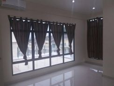Room at semi-D Mahkota Hills, Sungai Long