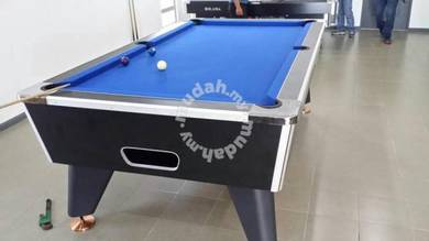 Pool table 8 feet coin operation NEW