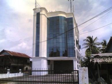 Kuala Kedah - 4 Sty Detached shop lot