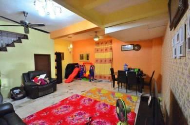 [[WELL KEPT]] 2 Storey House, Bandar Puncak Alam, Kuala Selangor