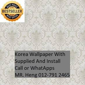 Pretty Wallcovering with Installationygv5