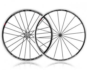 Fulcrum racing zero ceramic bearing clincher wheel