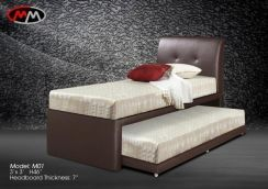 Single divan bed with pull out (M-37)20/06