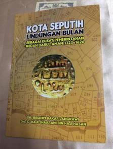 KoTA SEPUTIH LINDUNGAN BULAN - 122page