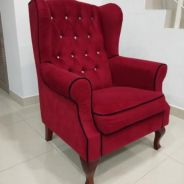 Wing chair (Marroon)