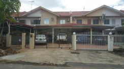 Taman Rainfield - whole house for rent BEST Location - Rare