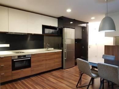 Verve suite kl south, 729sf, like brand new