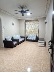 Bukit Indah 2 Flat For Rent Block B level 2