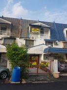 3 storey house , jalan bunga tanjung , full loan