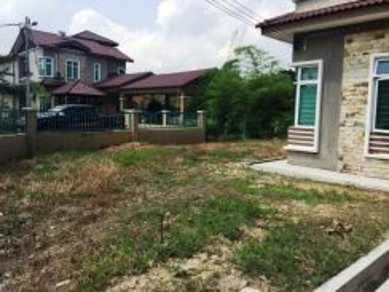 Bungalow 2 Storey in Desa Pinggiran Putra Putrajaya VERY CHEAP
