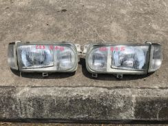 No 16-4-16 Lampu Nissan Serena C23 Japan