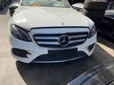 Mercedes-Benz Eclass W213 E250 Engine Gearbox Part