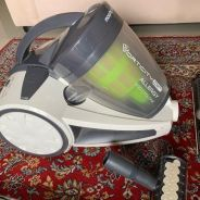 Vacuum cleaner - morphy richards