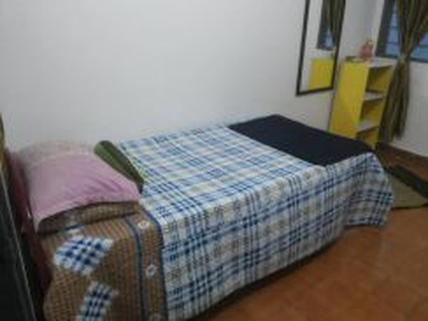 Room to let at kg kuala jempol