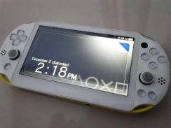 PlayStation®Vita PCH-2006 series