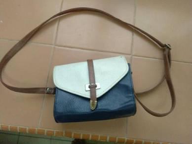 Sling bag perempuan😘