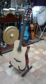 Gitar Akustik Natural Res