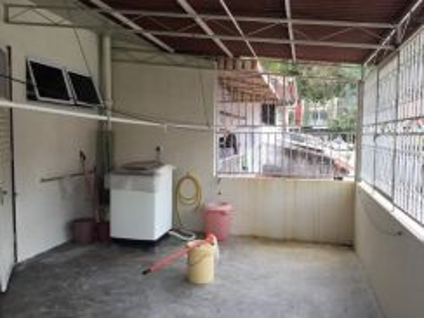 2 Storey Terrace, Greenlane, Delima Garden, Concrete, No Split Level