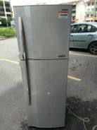 Toshiba plazma 2 door fridge