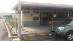 End Unit Low Medium house for rent