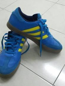 Original Adidas sport shoe