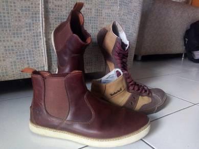 Timberland 2 pairs shoes EU42-UK9-US10