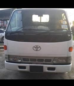 Toyota - lorry