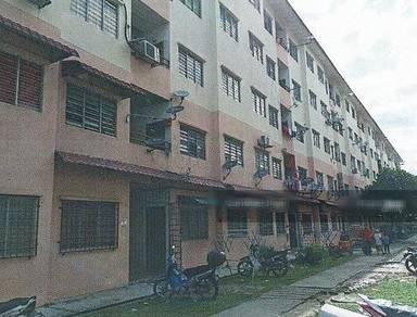 Apartment Lebuh Damar Merah, Klang, Tingkat 2, Renovated, Freehold