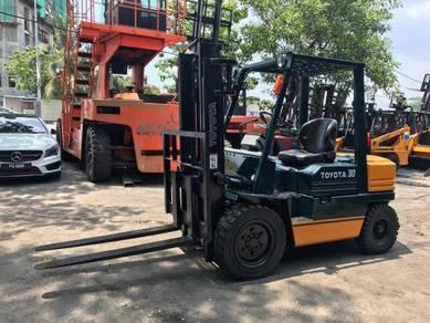 JAPAN Direct Import TOYOTA 3 ton DIESEL FORKLIFT