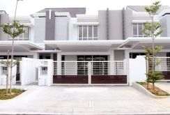Bumi Lot 22x75 Super Big & Spacious New Double Storey at Seremban
