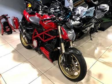 Ducati Streetfighter 848 Termignoni , monster z800