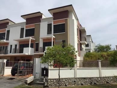 (Cash back 200K) Corner Lot 2.5 sty Bukit Saujana, Sungai Buloh